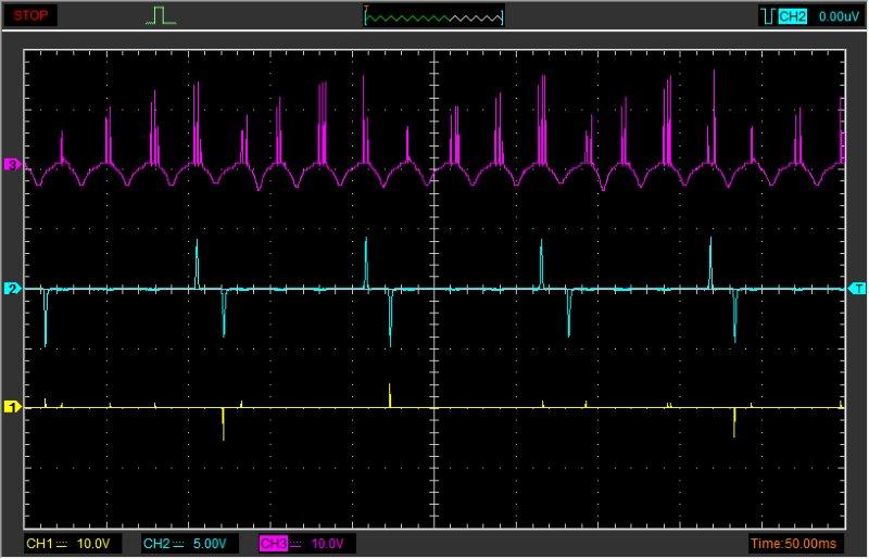 Bajaj Boxer: верхний сигнал с катушки питания CDI.