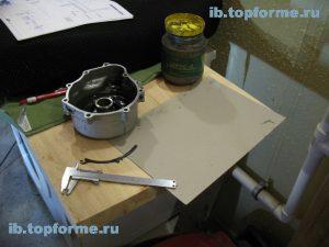 Bajaj Boxer изготовление прокладки левой крышки двигателя. Шаг 1.