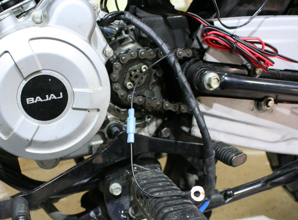 Модифицированная проводка генератора с клеммой заземления экрана питающего провода CDI.